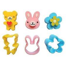3 Pcs Cute Mini Sandwich Cutters Shapes Plastic Rabbit Bear Flower Molds Set