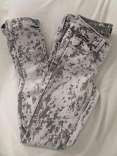 """Ladies """"Black Crystal"""" Size 3, Gray/White Washed, Laces Knee to Hem,Skinny Jeans"""