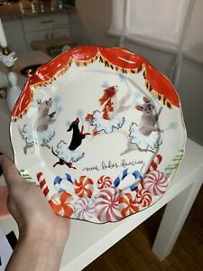 Anthropologie Inslee Fariss 12 Days of Christmas Plate 9 LADIES DANCING -1 Plate