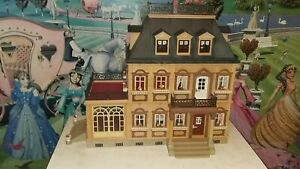 Playmobil victorian mansion 5300 complete without finals