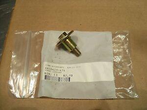 NOS ARCTIC CAT 0423-476 EXHAUST SHOULDER SCREW 500 650