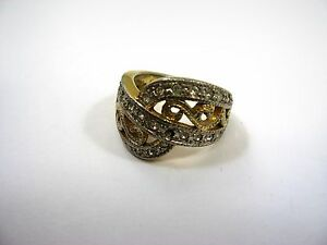 Nice Vintage Ring: Gold Tone Clear Jewels Twist Design See Through Size 5.5