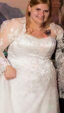Plus 18-/22 Davids bridal Princess cut Wedding Dress, and Bolero W/ The Veil