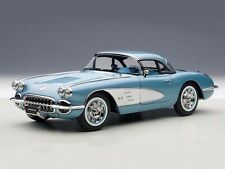 AUTOart Chevrolet Corvette 1958 Silverblue 1:18 (71146)