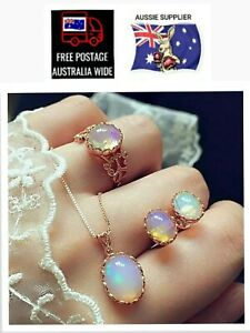 3 Piece Set -  EARRINGS + NECKLACE + RING - Changes Colour. 🇦🇺FREE POST🇦🇺