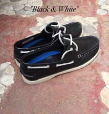 Leather Classic Boat Shoes for Men - Black & White - Size 40 / 7