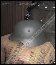 M40 WW2 German Helmet, Medium Size - Functional & Accurate Replica w/ Liner ke82