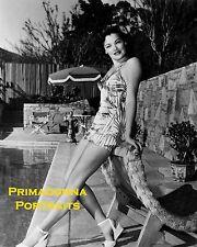 GENE TIERNEY 8X10 Lab Photo B&W 1940s SEXY SANDALS, SWIMSUIT POOLSIDE PORTRAIT