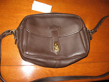Stunniing and Authentic Dooney & Bourke, Brown Medium Leather Purse