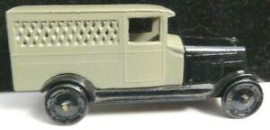 Tootsietoy GM Series Car #6106 Black/Gray Cadillac Delivery Van Near Mint
