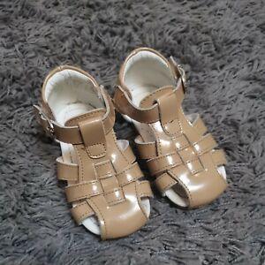 Girls Infant Size 24 7 Couche Tot Camel Beige Spanish Sandals