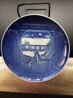 "ROYAL COPENHAGEN 1985 ""Christmas Eve at the Farm"" Denmark Christmas 7""  Plate"