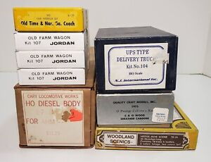 Lot of 8 Vintage Boxed HO Scale Model Diesel Body, Caboose, Farm Wagons Etc Kits