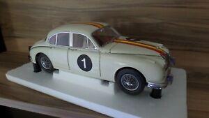 Bob Jane's 1962 Jaguar Mark 2 - 3.8 - 1:18 Scale by Model-Icons
