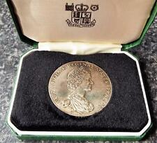 More details for cased national trust 25 years service hallmarked sterling silver medal