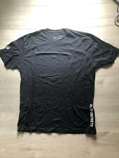 Albino and Preto T-Shirt Xl
