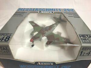 Messerschmitt 262 ME Luftwaffe WWII Ace H. Bar Plane 1:48 #98152
