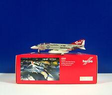 Herpa Wings 1 200 McDonnell Douglas F-4j USMC Red Devil