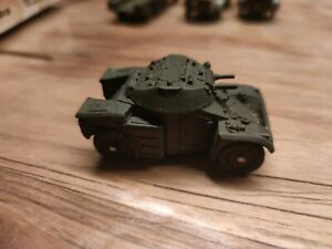Dinky Toys Panhard aml 814 meccano France 1/52 n62 comme neuf sans boîte