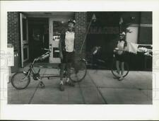 1991 Press Photo Cycle American Recumbent Bicycle Riders in Mexico New York