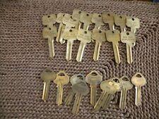 New listing 24 Locksmith Key Blanks Ru45 Uncut 9 keys & 15 Neuter Bows Do Not Duplicate