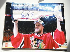 CHICAGO BLACKHAWKS ANTTI RAANTA SIGNED HOLDING CUP 11X14