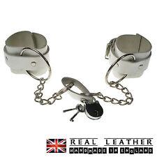 Anello di grandi dimensioni BIANCO CON BORCHIE FETISH 100% Vera Pelle Manette Made in England