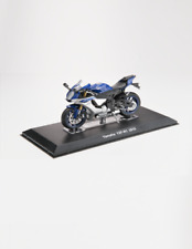 Yamaha YSF-R1 2015 superbike motorcycle model new in display case scale 1:18