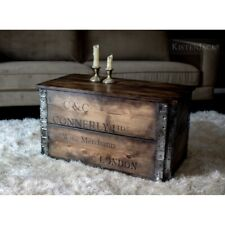 Handgefertigte Truhe Holzkiste Couchtisch Kiste Tisch Box Weinkiste