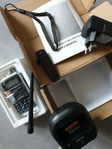 Baofeng UV 860  portable VHF UHF FM