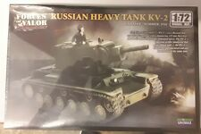 MAQUETTE MODEL KIT 1/72 RUSSIAN HEAVY TANK KV-2 FORCES OF VALOR
