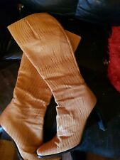 LADIES RUSSELL AND BROMLEY BEIGE LEATHER BOOTS - SIZE 7.5