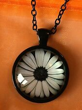 Daisy Glass Cabochon Dome Pendant Necklace. Hand Made. NEW