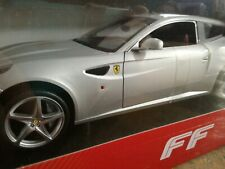 Ferrari FF silber, Hot Wheels Collector's 1:18, Neu & OVP