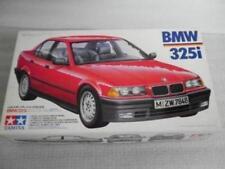 Tamiya 1/24 BMW 325i model kit 24106
