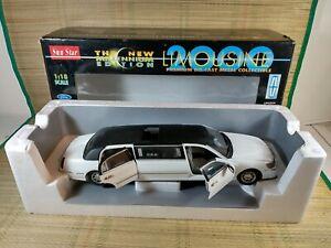 Sun Star 1:18 Ford Lincoln - Stretch Limousine - 2000 - Millennium Edition - Box