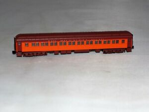 Z Scale American Z Line 71731-0 Milwaukee Road Heavyweight Paired Window Coach