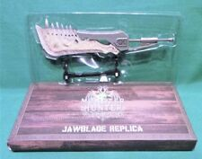 Monster Hunter: World Jawblade Sword Weapon Replica Loot Gaming Crate Exclusive