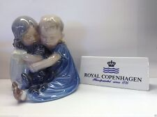 Royal Copenhagen 1021070 Figurine Statuina Bimbi con cane - NEW-