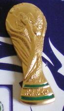 FIFA WORLD CUP-FUSSBALL WELTMEISTERSCHAFT-WM POKAL PIN-auf Folder-1,2 cm x 2,7cm