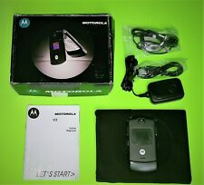 Unlocked Motorola Razr V3 Flip Phone in Original Box Black Works No Battery