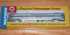 WALTHERS 932-9008 P-S OBSERVATION-LOUNGE SANTA FE SUPER CHIEF VISTA SERIES