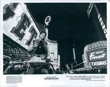 1984 Vegas Scene Actor Rob Lowe in Oxford Blues Fremont St 1980s Press Photo