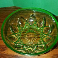 Vintage Hazel Atlas Diamond & Arches Small Green Vaseline Glass Berry Bowl