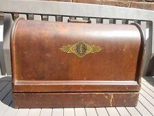 Vintage Singer Sewing Machine Wooden Carry Case 15k