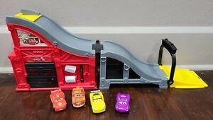 Fisher Price Little People Disney Pixar Cars Wheelies Rev 'n Blaze Ramp Garage