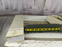 C&W coach passenger nw 400 northwestern green yellow train car toy HO freight