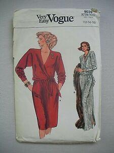 UNCUT Vintage Vogue Sewing Pattern 9039 - Womens Misses Dress - Sizes 12-16