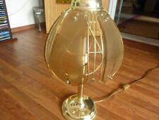 Schöne Tischlampe aus Messing und Glas