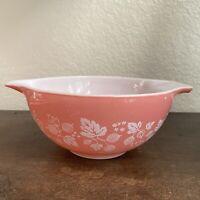 Vintage Pyrex Pink Gooseberry 442 Cinderella Nesting Mixing Bowl - 1 1/2 Qt Pink